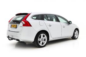 Volvo V60 2.4 D6 Twin Engine Summum